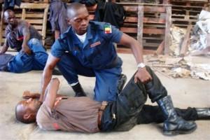 Formation de sapeurs-pompiers à Conakry- Image d'arichives