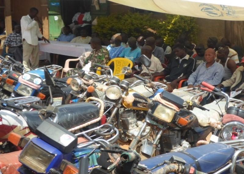 Formation en cascade des syndicats des taxi-motos le 10-12-14