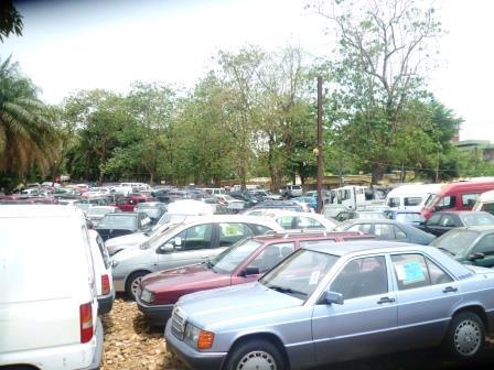 Parc de vente automobile