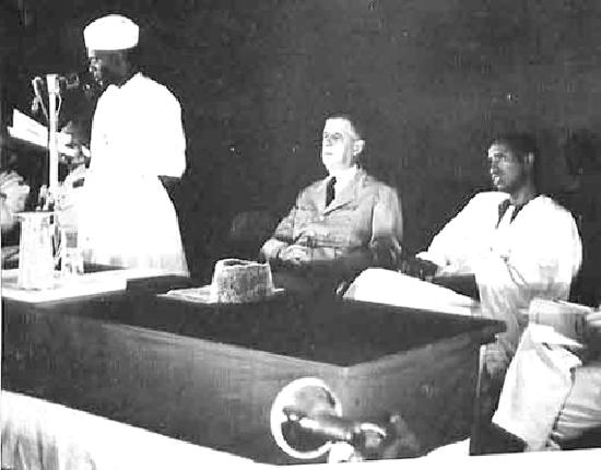 Visite du général De Gaulle à Conakry : l'intégralité du discours ...
