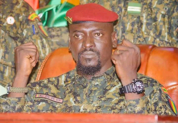 """Colonel Doumbouya shatters the dream of former dignitaries: """"Let it be clear to everyone, there will be no recycling"""""""
